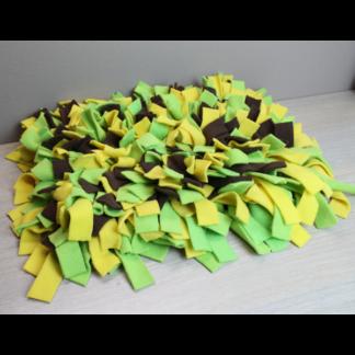 Tapis de fouille vert jaune marron