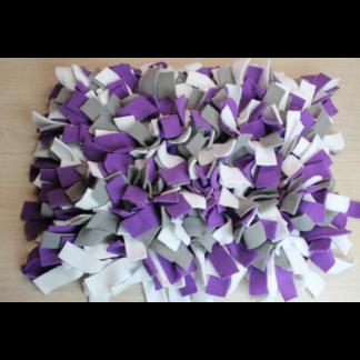 Tapis de fouille gris blanc violet
