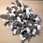 Tapis de fouille noir blanc gris 1